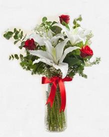 Lilyum ve Güller Manisa Çiçek